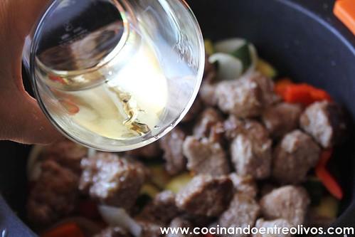 Ternera en salsa www.cocinandoentreolivos (9)