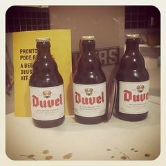 Obrigado @pubersoficial pela graça alcançada e pela sexta abençoada.:beer: *************** #beer #beerlove #cerveja #cerva #duvel #pubers #allbeers #sãopaulo #sp #sampa #sexta #friday #chopp #bebacerveja #cervejeiro #santasampa #goodvibes #night #vilamada