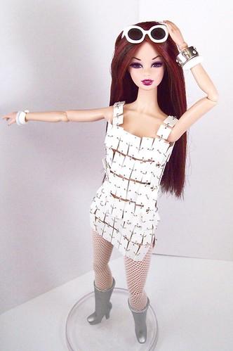 game toy toys doll dolls tag barbie tagged cyndi sooki basics integrity electropop monsieurz fashionroyalty integritytoys dynamitegirls
