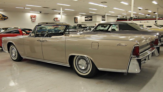 1964 lincoln continental 4 door convertible 3 flickr photo sharing. Black Bedroom Furniture Sets. Home Design Ideas