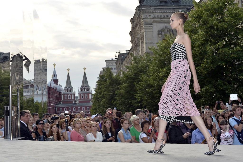 Model - Photo Luc Castal Dior Moscou 2013
