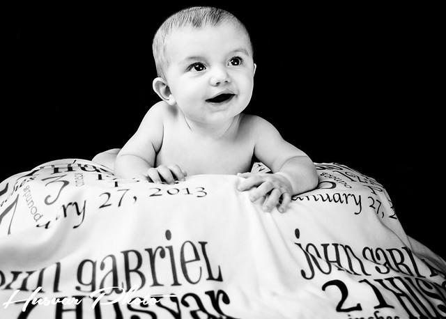 Merle & Velma keepsake baby story blanket review in_the_know_mom