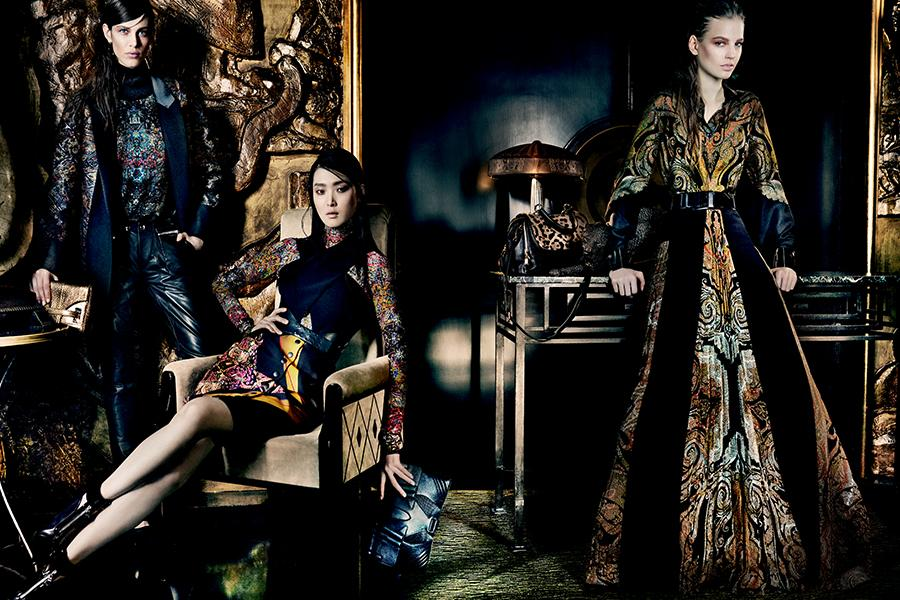 aymeline-valade-elisabeth-erm-sung-hee-kim-ton-heukels-andres-risso-nan-fulong-for-etro-fall-winter-2013-2014-by-mario-testino-3