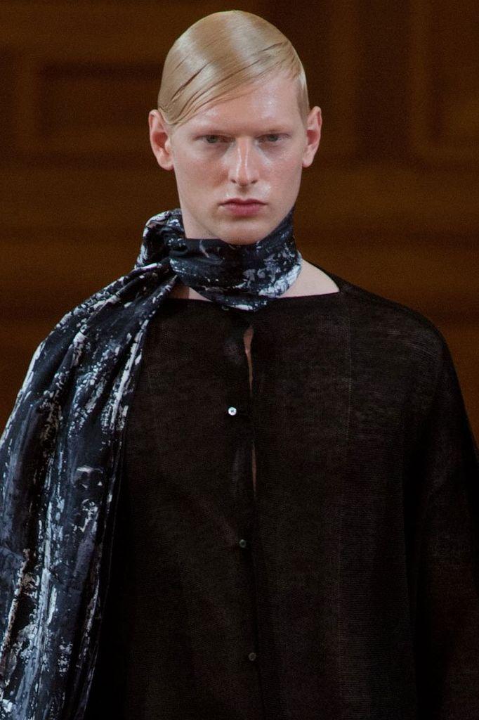 Diederik Van Der Lee3183_SS14 Paris Songzio(fashionising.com)