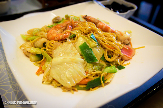 Pearl Castle: Seafood fried noodle - 海鮮炒麵