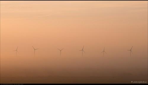 mist fog sunrise landscape geotagged nederland windturbine landschap nld zonsopkomst avenhorn provincienoordholland peterbijkerkeu kathoek geo:lat=5261458582 geo:lon=495738745
