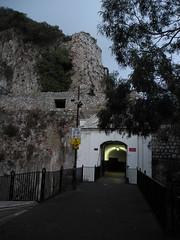 tunnels 001
