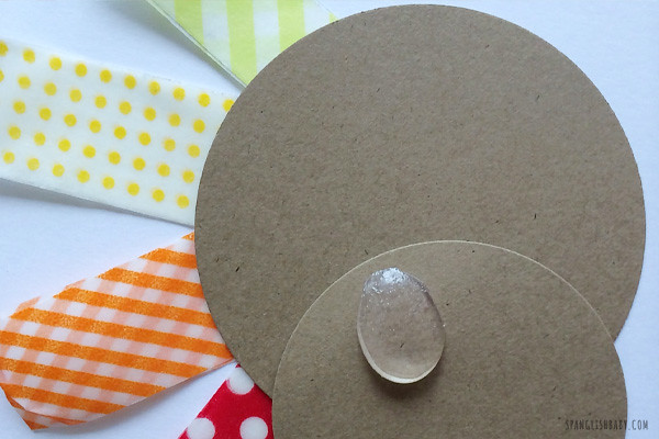 DIY THANKSGIVING CARD CRAFT -- SpanglishBaby.com