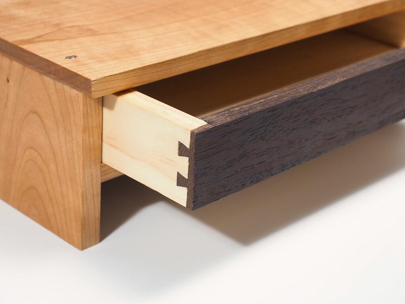 iMac Riser Stand: Drawers