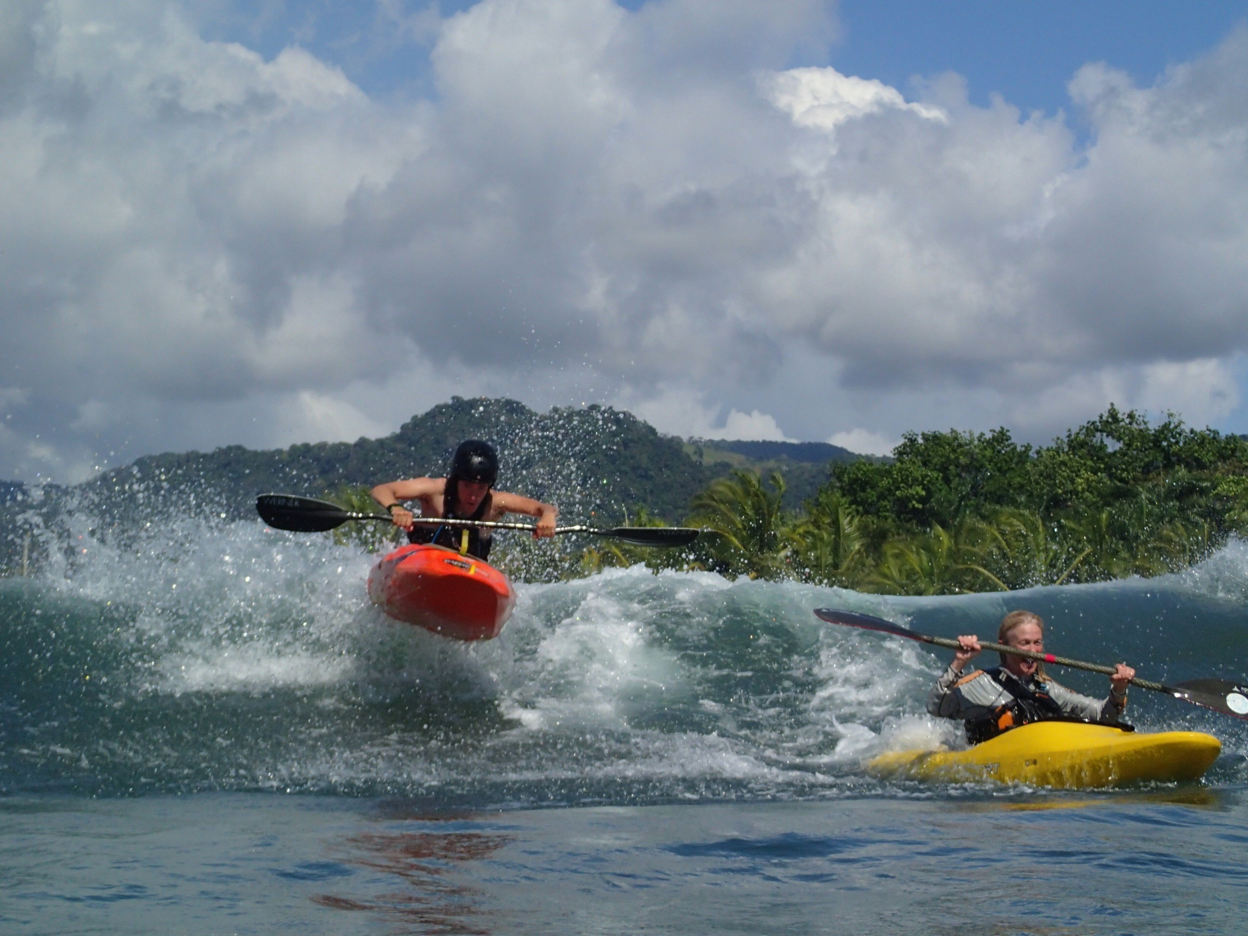 Kayak your way in the Pacific