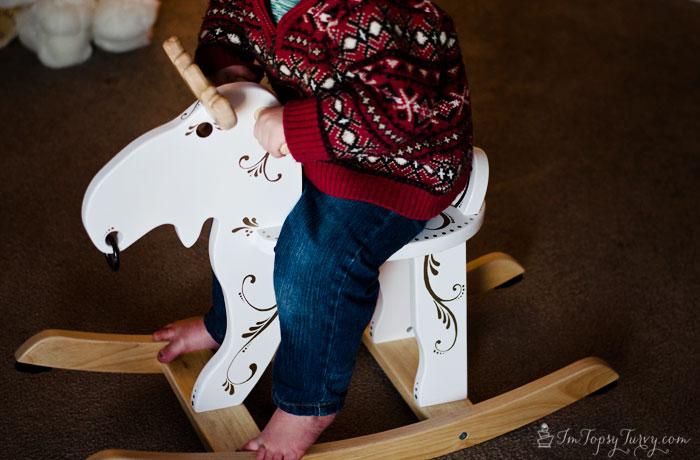 Christmas-rocking-moose-#StaplesSharpie