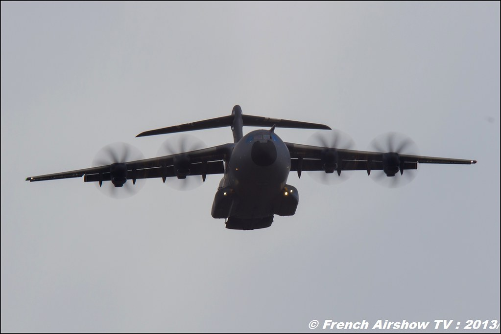 A-400M Airbus Military,60 ans Patrouille de France , Meeting Aerien 2013