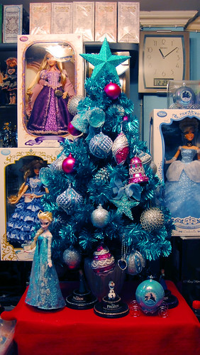 Frozen Christmas Tree I M In Love With The Blue Color