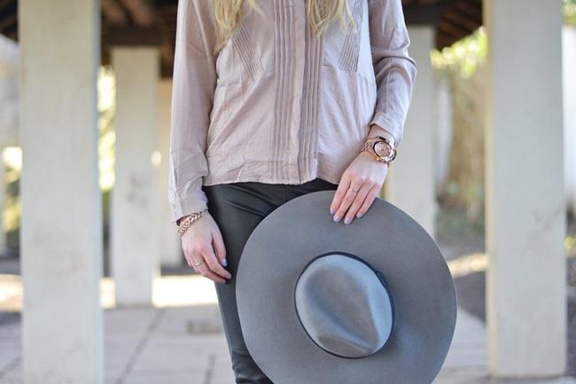Outfit Flieder und Leder (1)