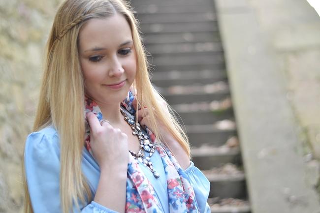 Outfit babyblaues Kleid (9)