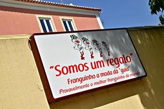 http://hojeconhecemos.blogspot.com.es/2014/04/eat-somos-um-regalo-cascais-portugal.html