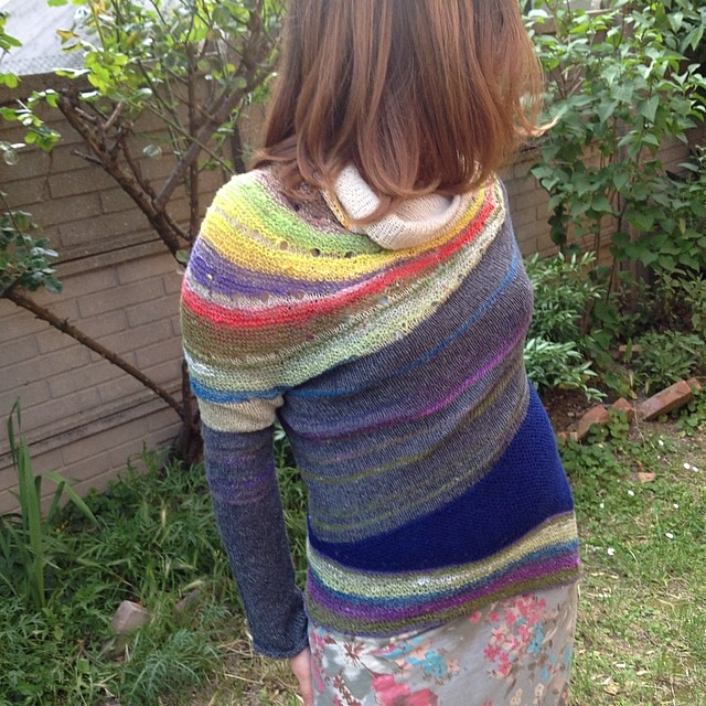 Enchanted Mesa by Stephen West #instaknit #ravelry #knit #knitting #serialknit #iolavoroamaglia #ameliabefana #kalfromitaly #noro #ito #holstgarn  #lavoroamaglia #fattoamano #handmade #stephenwest #westknits