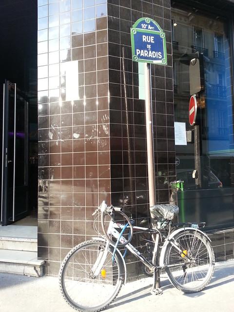 Le Fantome bar with bike