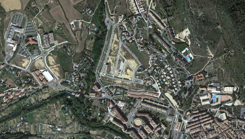 estella, navarra, sta, urbanismo, planeamiento, urbano, desastre, urbanístico, construcción, rotondas, carretera