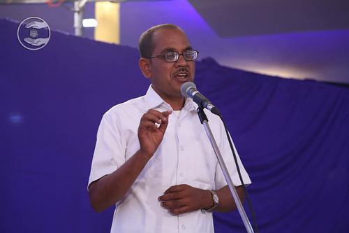 Vijay Mane from Khilegaon, expresses his views