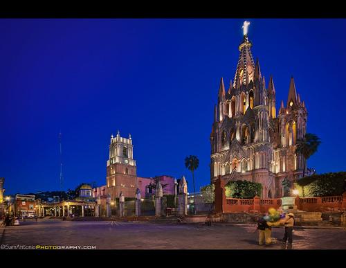 Parroquia de San Miguel Arcángel - San Miguel de Allende, Mexico by Sam Antonio Photography