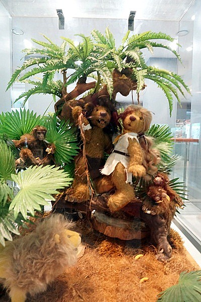 Teddy Bear Museum Jeju Island - Rebeccasawblog-023