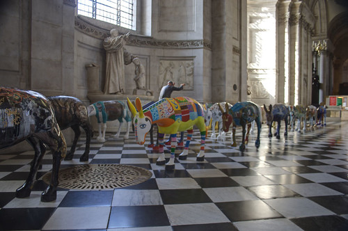 Caravan in St Paul's Cathedral