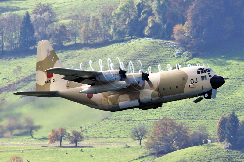 طائرات النقل العاملة بالقوات المسلحة المغربية 10558316084_597672585d_o