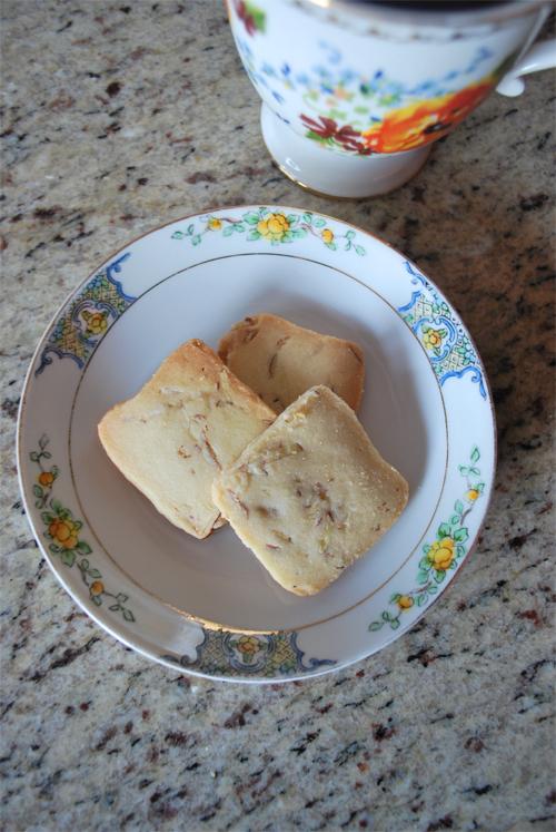 almond-shortbread-cookies-2