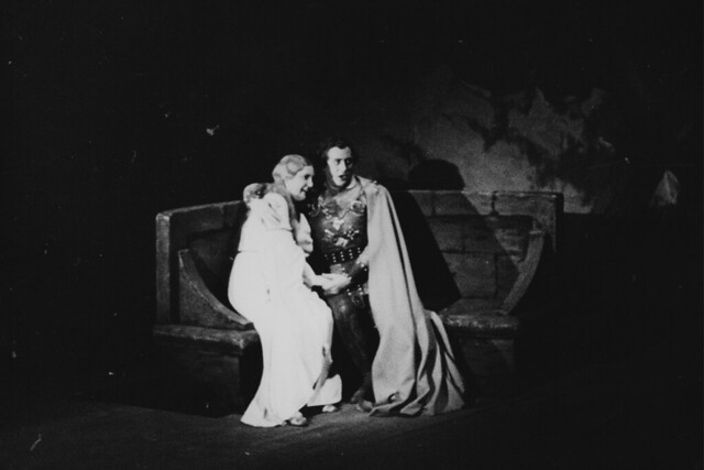 Kirsten Flagstad as Isolde and August Seider as Tristan in Tristan and Isolde © 1948 Royal Opera House / Roger Wood