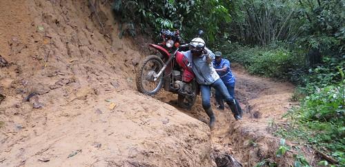 road to Yawende