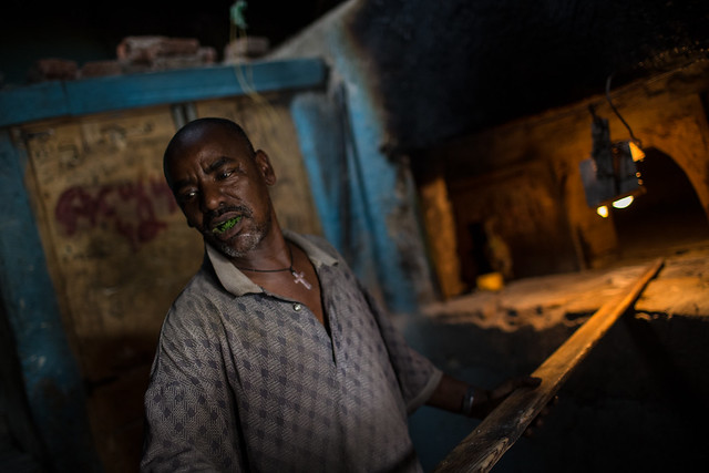 the baker with the qat in the mouth in harar