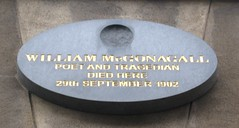 Photo of William McGonagall black plaque