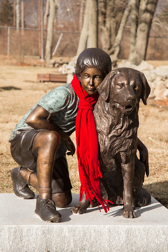 red scarf unitedstates connecticut explore eastlyme mccookssculpturegirldog frankoller