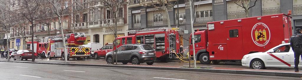 Cuerpo de Bomberos del Ayuntamiento de Madrid 12102902183_7200670687_b