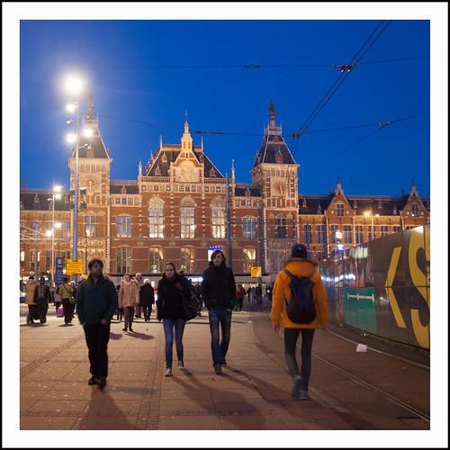 centraal station amsterdam by hans van egdom