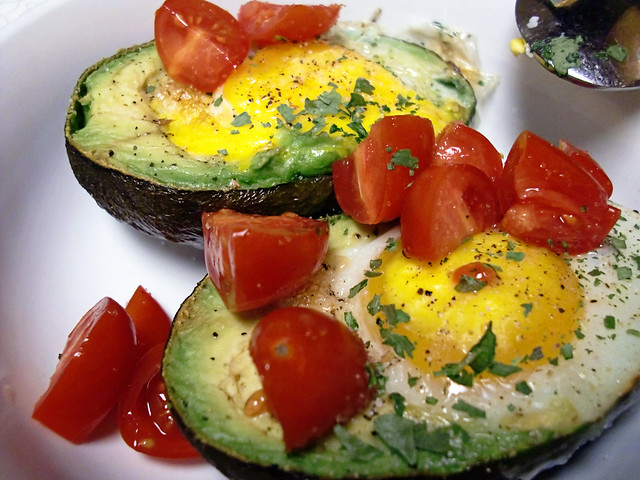Baked Eggs in Avocados (YUM!!!!)
