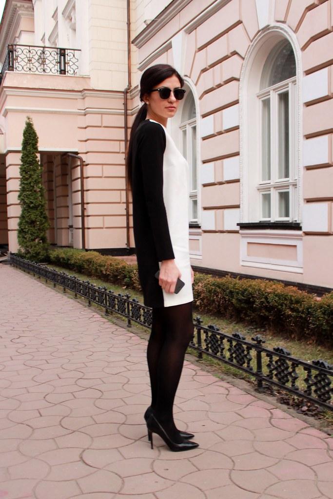 black or white3