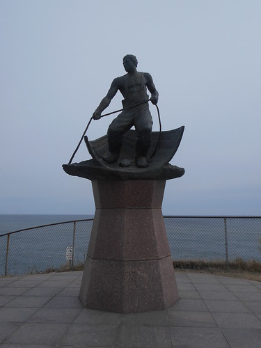 memorial at the lighthouse (2)