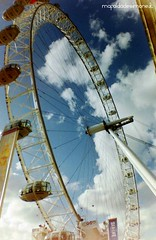 London Eye, maggio 2013 - Lomography La Sardinia, Agfa Vista 400.