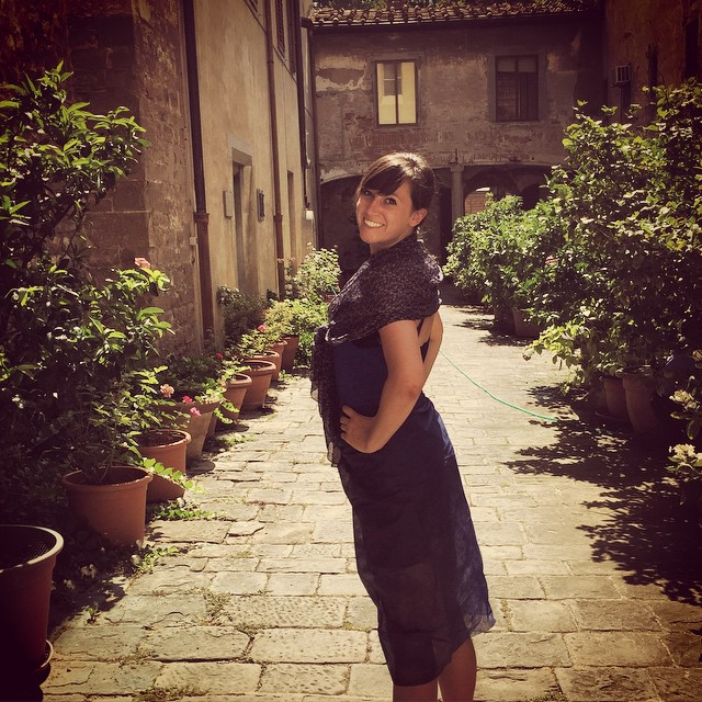My last minute outfit to enter the #cathedrals in #Florence! #lessonlearned #remoteyear #travel #Italy