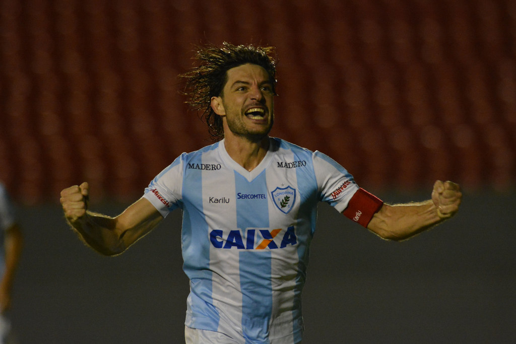Gustavo Oliveira_032