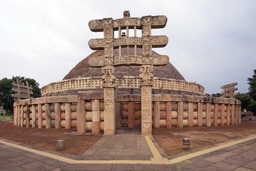 India - Madhya Pradesh - Sanchi - Stupa 1 - 300