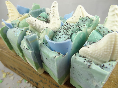 Tropical Waters Soap - The Daily Scrub (3)