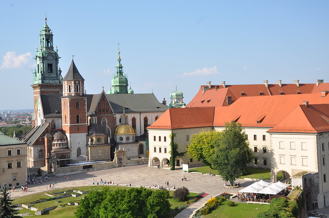 Wawel Cathedral and Castle by Flickr CC Jorge Láscar