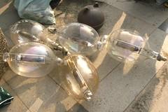 廢棄漁用電燈泡