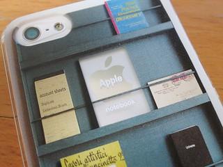 Decore Wear iPhoneハードケース