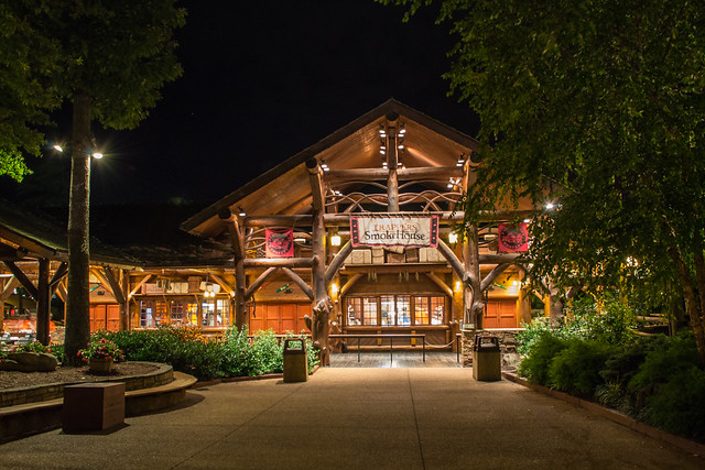 Busch Gardens Williamsburg Trappers Smokehouse At Night