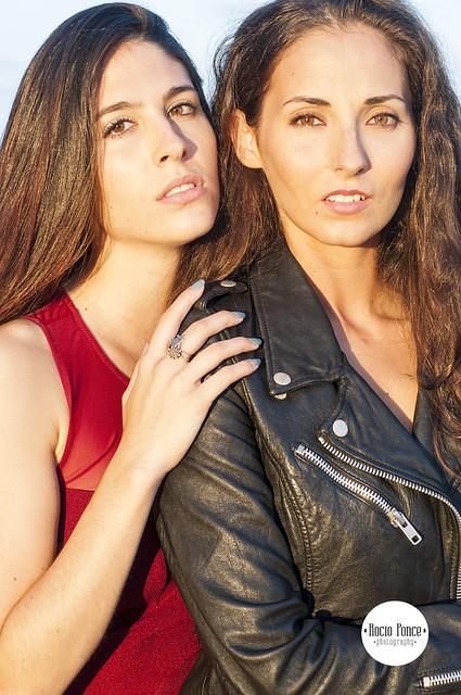 Susanna y Mireia Book Medium