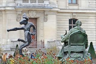 Image of Statue de Buffon. paris france museum jardindesplantes buffon barryflanagan nijinski mnhn dalbera